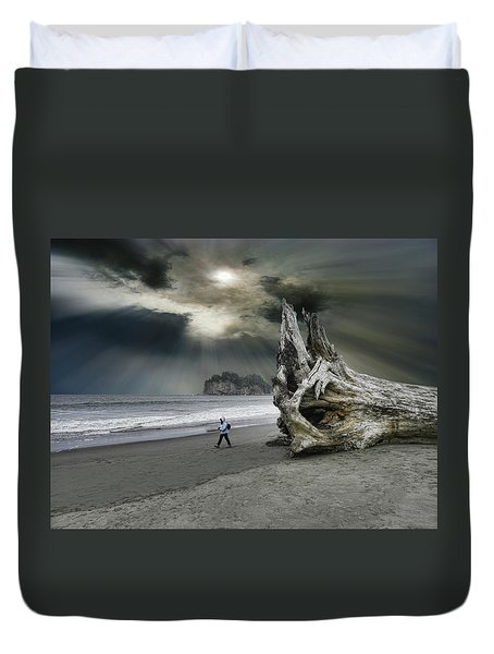 Duvet Cover featuring the photograph 4392 by Peter Holme III