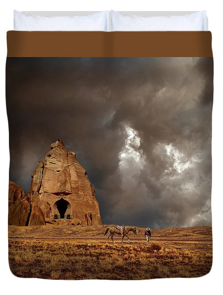 Duvet Cover featuring the photograph 4398 by Peter Holme III
