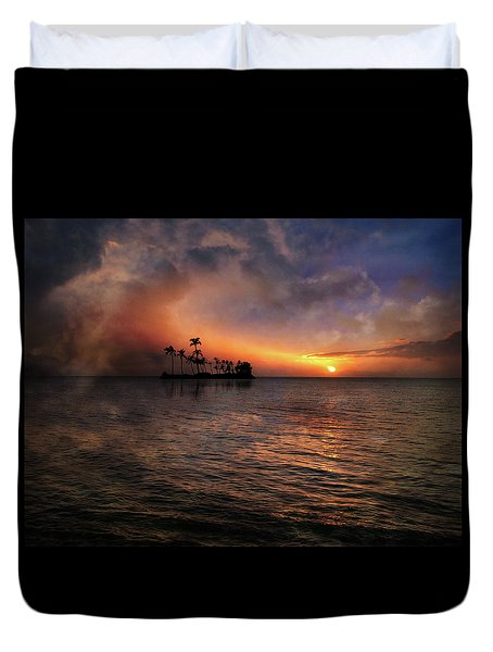 Duvet Cover featuring the photograph 4419 by Peter Holme III