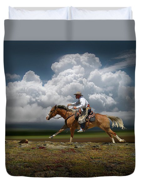 4427 Duvet Cover by Peter Holme III