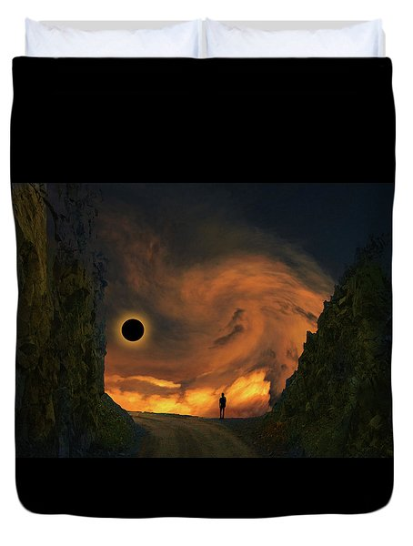 Duvet Cover featuring the photograph 4484 by Peter Holme III