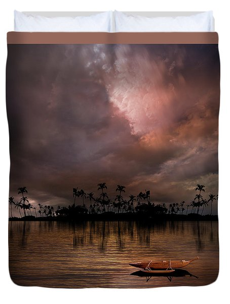Duvet Cover featuring the photograph 4489 by Peter Holme III