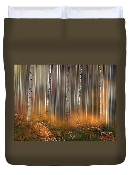 Duvet Cover featuring the photograph 4497 by Peter Holme III