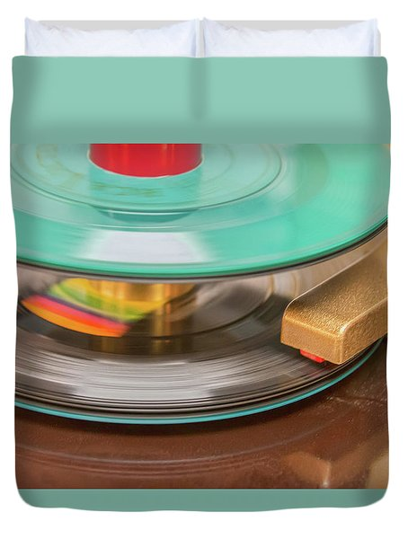 45 Rpm Record In Play Mode Duvet Cover