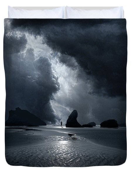 Duvet Cover featuring the photograph 4511 by Peter Holme III