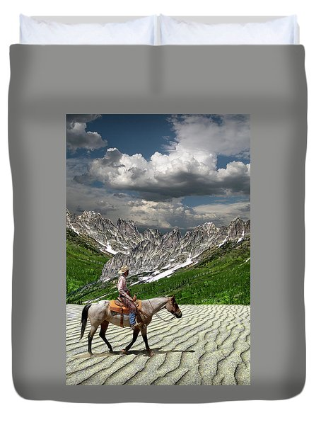 Duvet Cover featuring the photograph 4513 by Peter Holme III