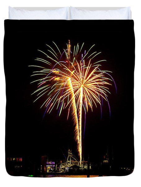 4th Of July Fireworks Duvet Cover by Bill Barber
