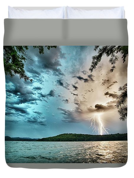 Beautiful Landscape Scenes At Lake Jocassee South Carolina Duvet Cover
