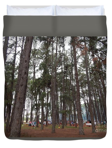Duvet Cover featuring the photograph Giant by Beto Machado