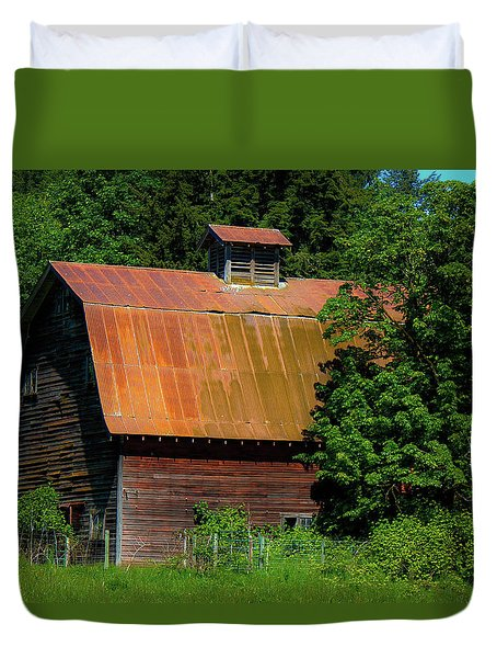 Barns In Pacific Northwest Duvet Cover