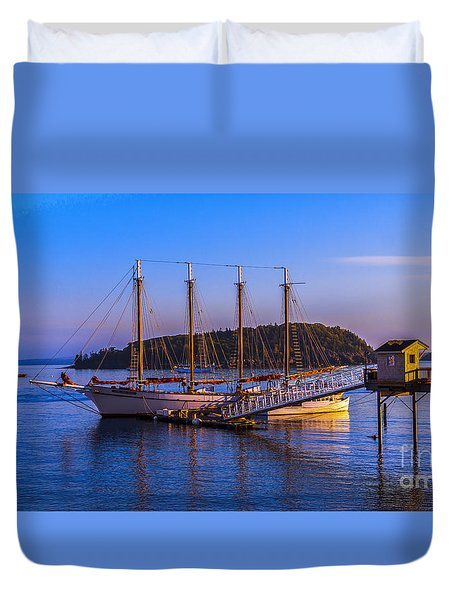 The Schooner Margaret Todd Duvet Cover