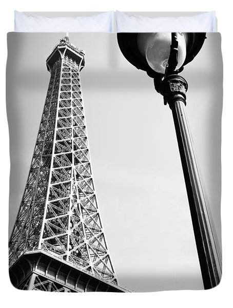 Duvet Cover featuring the photograph Eiffel Tower by Chevy Fleet