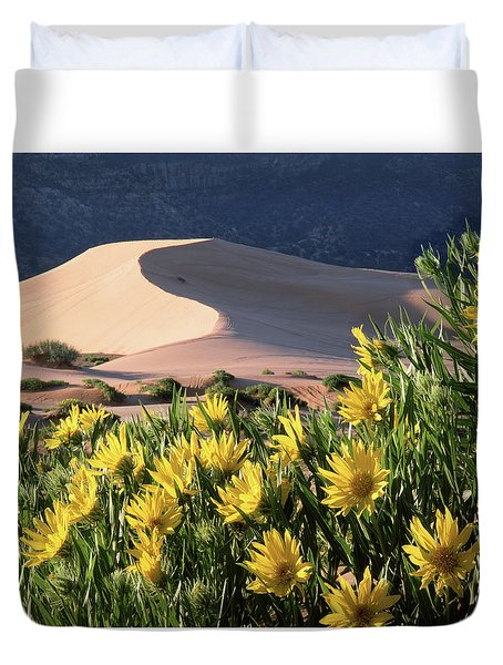 712403 H Sunflowers And Sand Dunes Duvet Cover