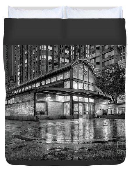 72nd Street Subway Station Bw Duvet Cover by Jerry Fornarotto
