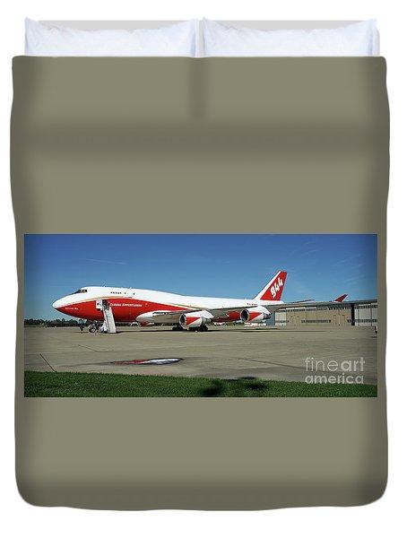 747 Supertanker Duvet Cover by Bill Gabbert