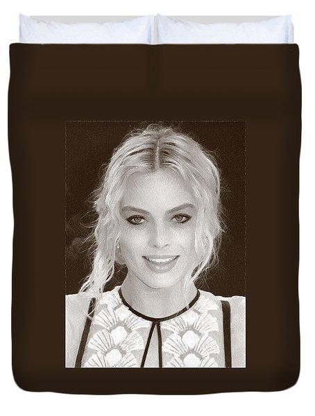 Actress Margot Robbie Duvet Cover