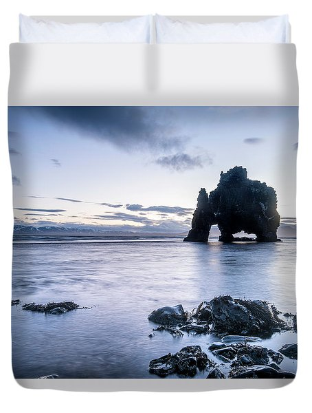 Dinosaur Rock Beach In Iceland Duvet Cover by Joe Belanger