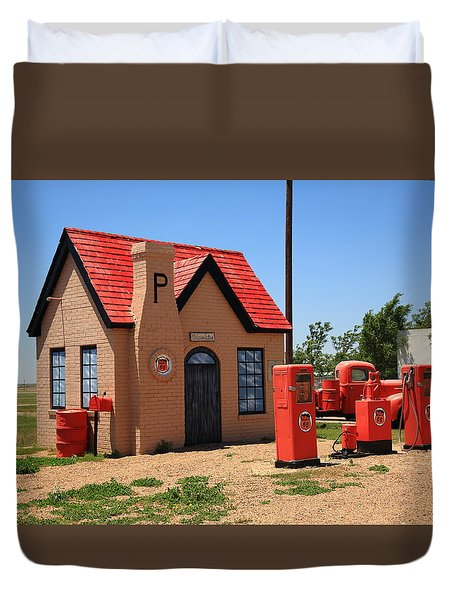 Route 66 - Phillips 66 Gas Station Duvet Cover