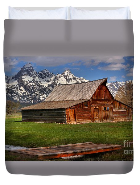 A Barn In The Tetons Duvet Cover by Adam Jewell
