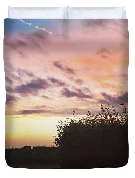 A Beautiful Morning Sky At 06:30 This Duvet Cover by John Edwards