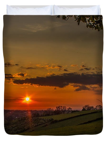 A Beautiful Sunset Over The Surrey Hills Duvet Cover
