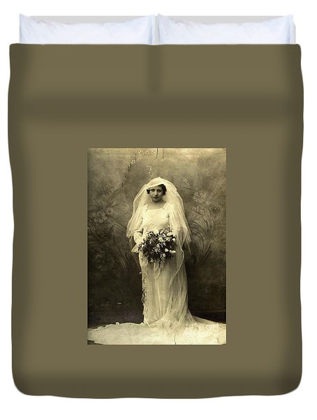 A Beautiful Vintage Photo Of Coloured Colored Lady In Her Wedding Dress Duvet Cover by R Muirhead Art