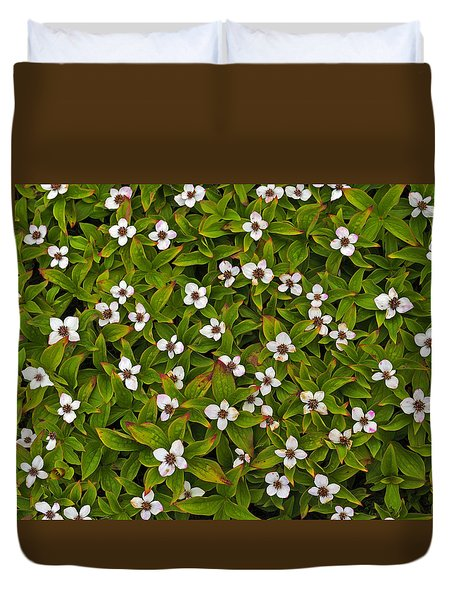 A Bunch Of Bunchberries Duvet Cover by Tony Beck