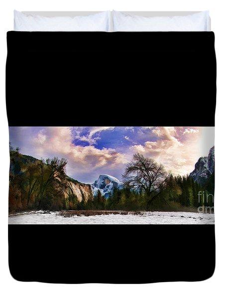 A Cold Yosemite Half Dome Morning Duvet Cover