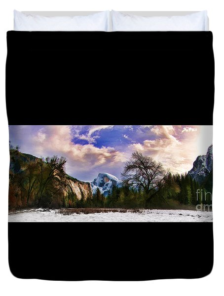 A Cold Yosemite Half Dome Morning Duvet Cover