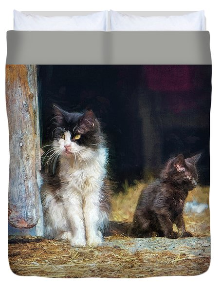 A Day In The Life Of A Barn Cat Duvet Cover