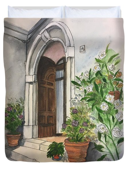 A Door In Castellucco, Italy Duvet Cover