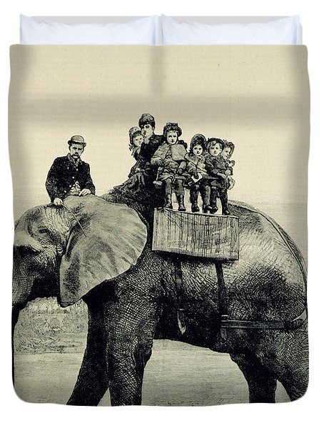 A Farewell Ride On Jumbo From The Illustrated London News Duvet Cover by English School