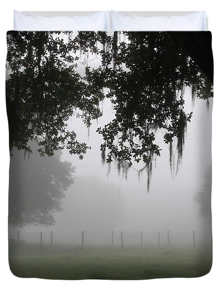A Foggy Day In Rural Fl Duvet Cover