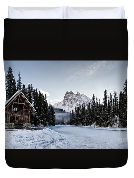A Frozen Emerald Lake Morning Duvet Cover