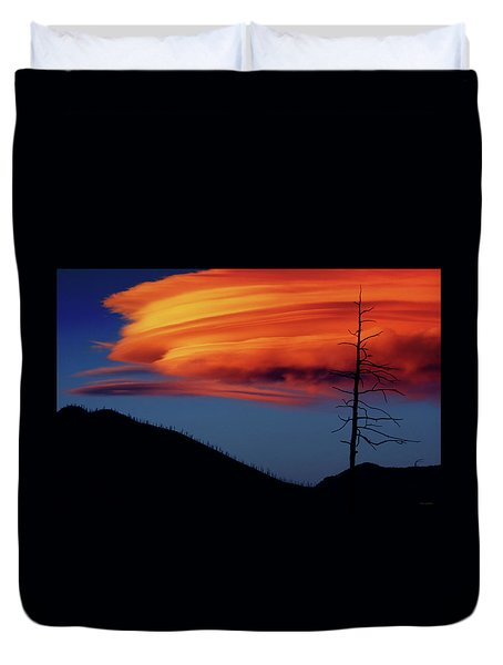 A Haunting Sunset Duvet Cover