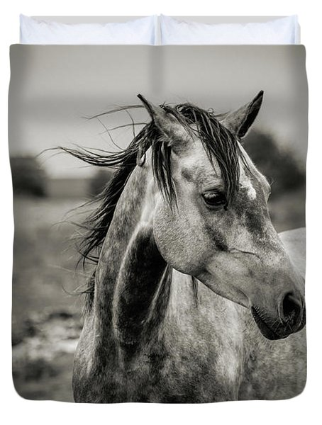 A Horse In Profile In Black And White Duvet Cover
