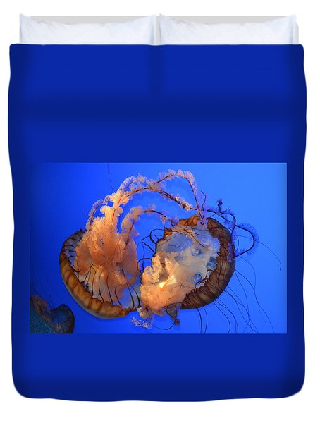 A Jellyfish Fight Duvet Cover