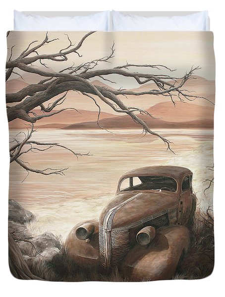 A Lakeshore Drive Duvet Cover by Janice Smith