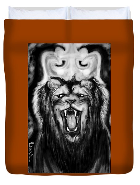 A Lion's Royalty B/w Duvet Cover
