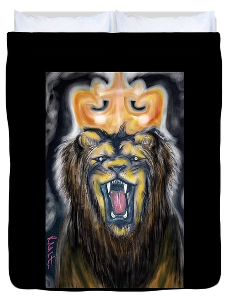 A Lion's Royalty Duvet Cover