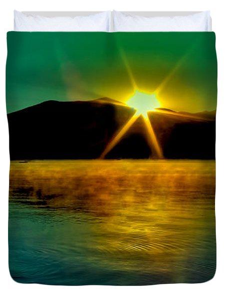 A Misty Sunrise On Priest Lake Duvet Cover