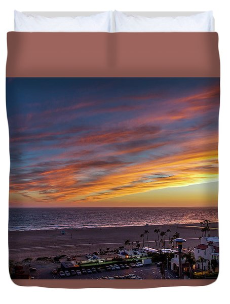 A Night Out At The Jonathan Duvet Cover