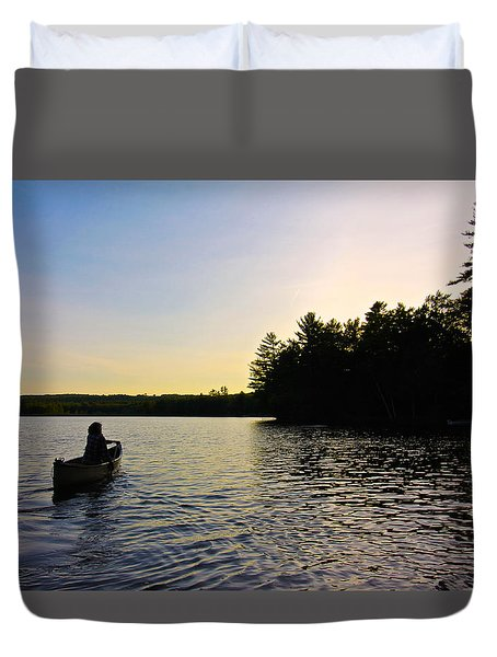 A Paddle With Pearl Duvet Cover