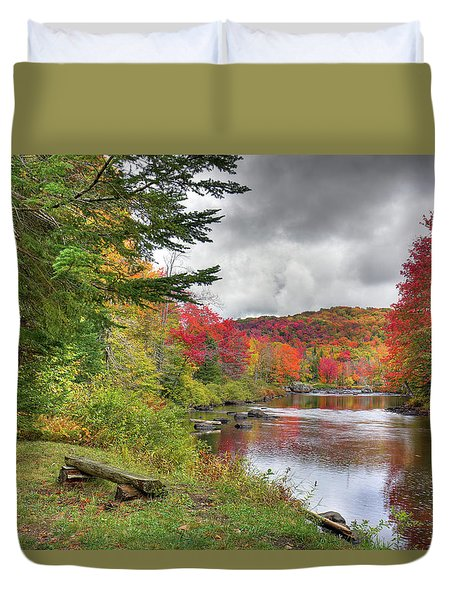 A Place To View Autumn Duvet Cover by David Patterson