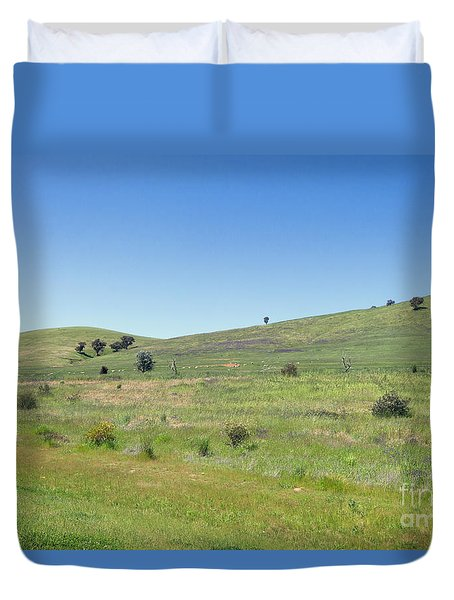 Duvet Cover featuring the photograph A Quiet Interlude by Linda Lees