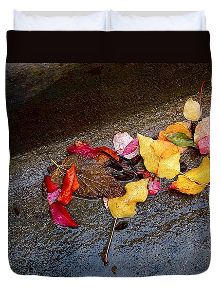 A Rainy Autumn Day In The City Duvet Cover by Rona Black