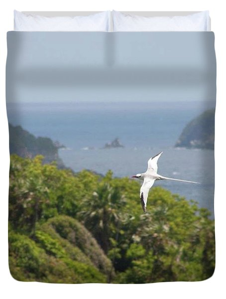 A Red-billed Tropicbird (phaethon Duvet Cover by John Edwards
