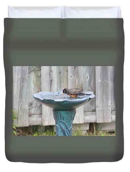 A Robin Bathing Duvet Cover