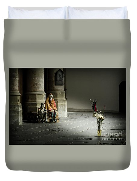 A Scene In Oude Kerk Amsterdam Duvet Cover by RicardMN Photography
