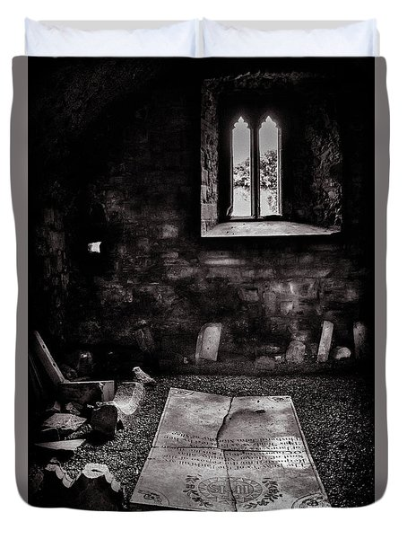 Duvet Cover featuring the photograph A Tombstone In Sligo Abbey Bw by RicardMN Photography